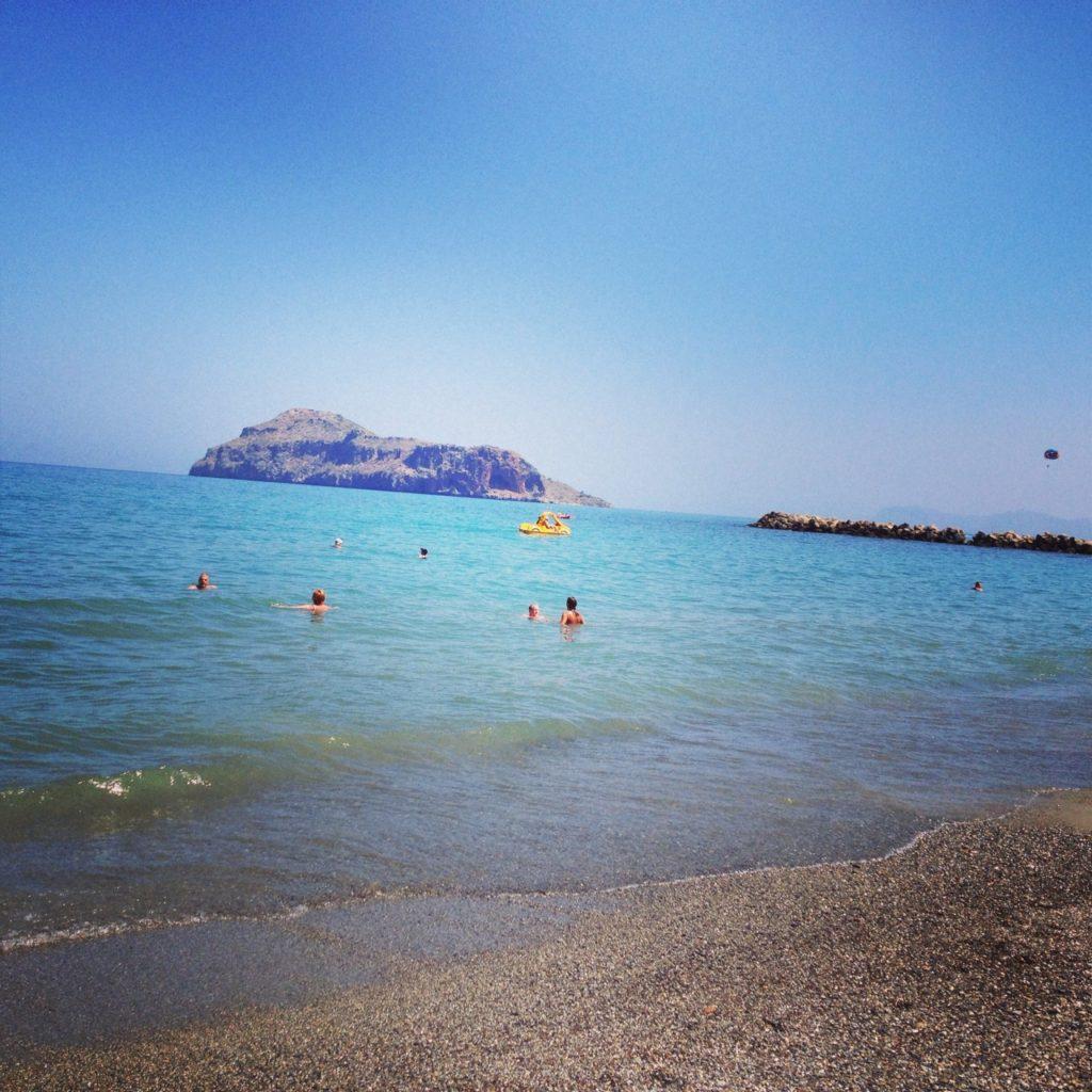 strand_platanias