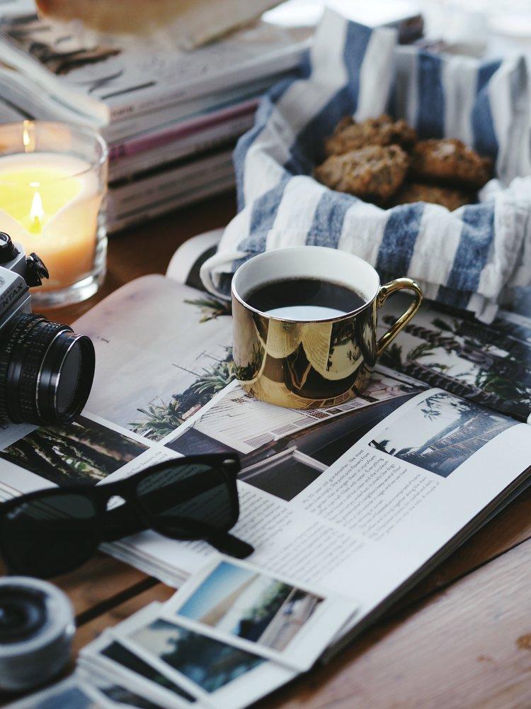 Mally drikker helst kaffe hjemme, eller on-the-on. Foto: Marlene Sæthre