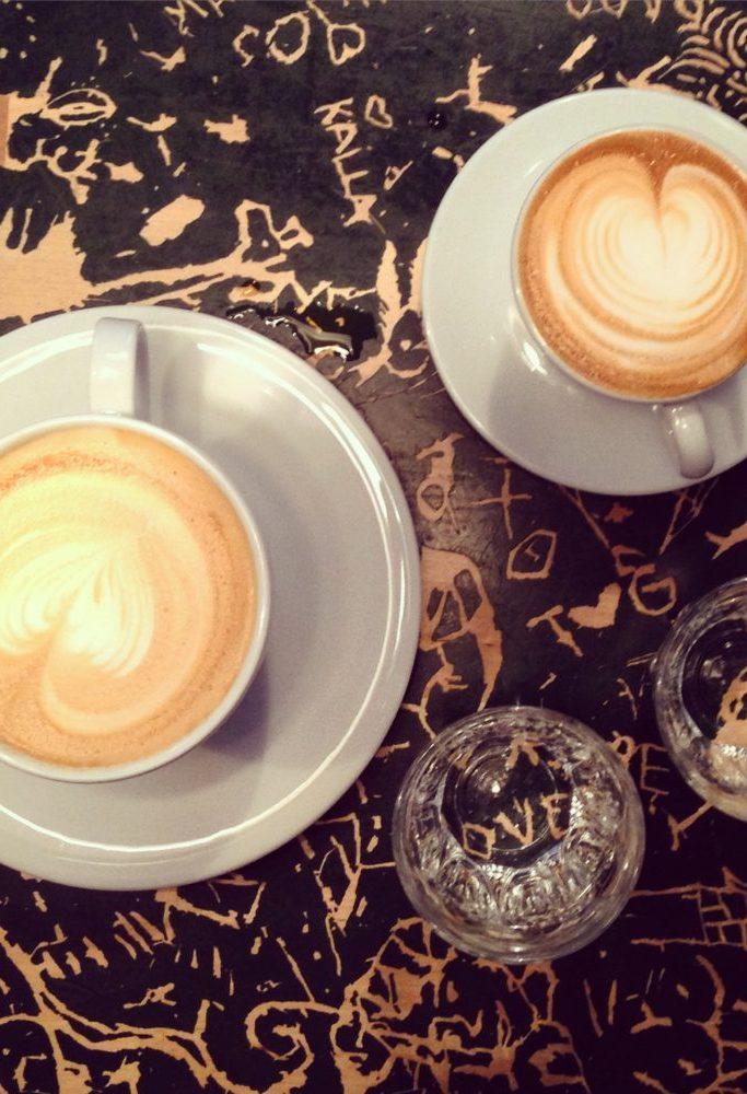 Cappuccino og caffe latte på Supreme Roastworks. Foto: Camilla Hellum