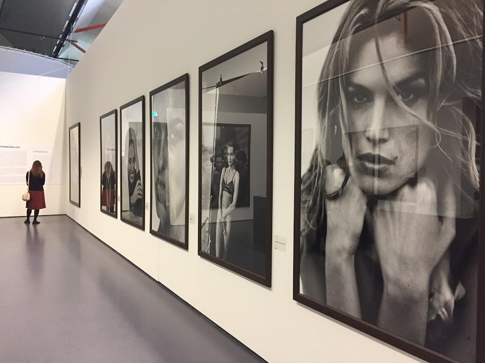 Da vi var innom hadde de en utstilling av den tyske motefotografen Peter Lindbergh. Foto: Veronika Liverud Krathe