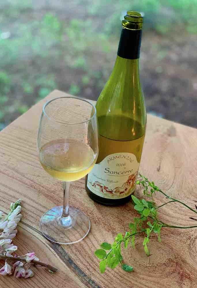Riffault Sancerre Akmèniné 2008. Herlig, fransk vin fra Loire. Smaker smør og fersken. Perfekt sommervin og en ny favoritt for min del.