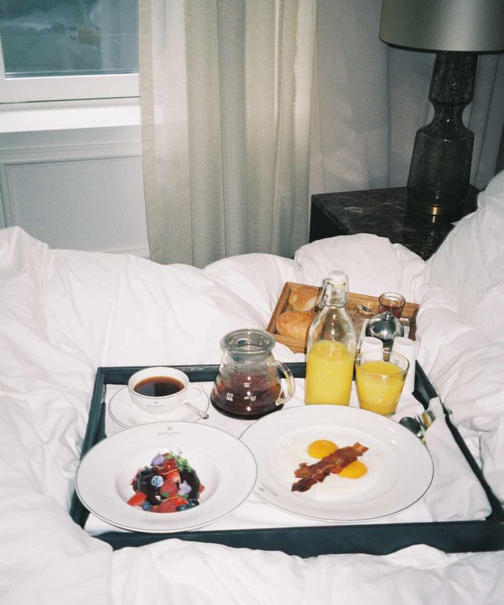 room service 3